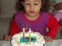 Jázmin 2. születésnapi tortája - Készítette: Szõke Cukrászda