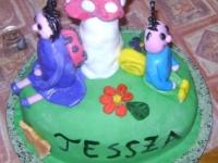 Tessza 2. szülinapi tortája Ki készítette a tortát: Pongráczné Baka Tünde