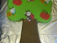 Lianna második Bogyó és Babóca tortája Készítette: Matuska Diána
